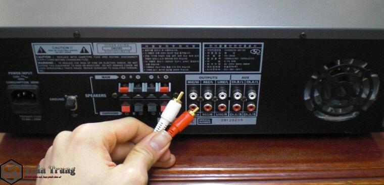 Kết nối Smart Tivi với Amply qua Jack cắm 3.5mm
